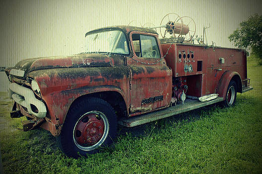 Laurie Perry - Old Fire Truck