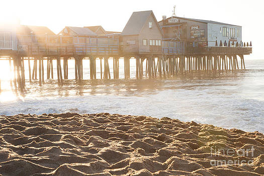 Old Orchard Beach by Sue OConnor