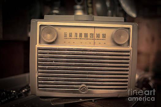 Edward Fielding - Old RCA Victor Antique Vintage Radio