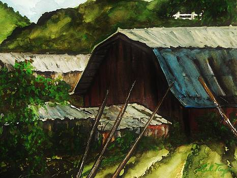 Old Red Barn by Lil Taylor