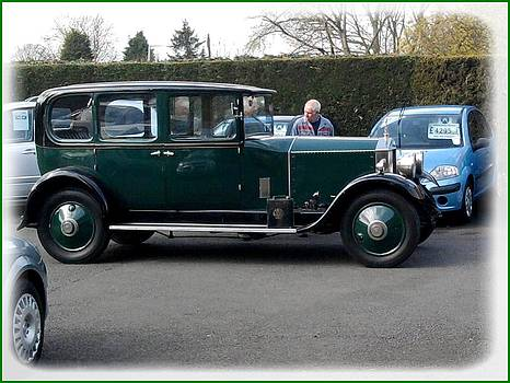 Old Rolls Royce by Geoff Cooper