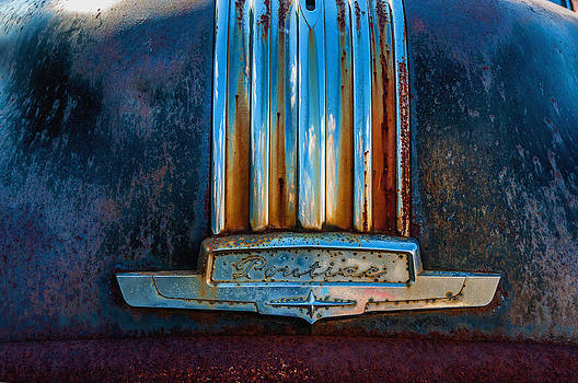 Old Rusty Pontiac by Xavier Cardell