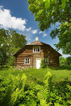 Old wooden house by Anna Grigorjeva