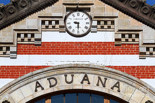 James Brunker - Old Customs House Clock Arica