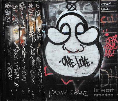 Andrea Kollo - One Love Graffiti