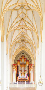 Organ and ceiling in Frauenkirche cathedral in Munich by Jirawat Cheepsumol