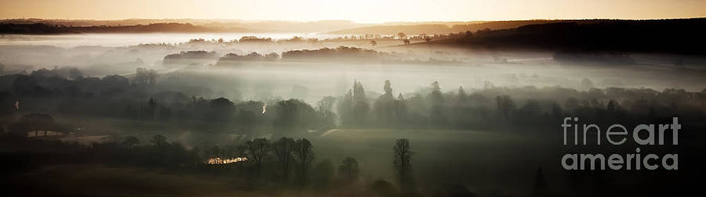 Simon Bratt Photography LRPS - Panoramic view of a misty morning