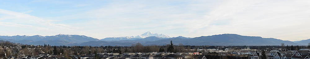 Nicki Bennett - Panoramic View of Mt. Baker