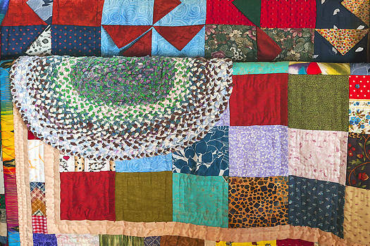 Lynn Palmer - Patchwork Quilts and Rag Rug