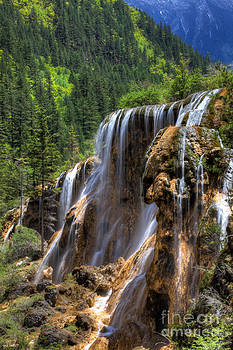 Fototrav Print - Pearl Shoal waterfall landscape at Jiuzhaigou Sichuan China