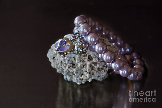 Pearls by Ann-Charlotte Fjaerevik