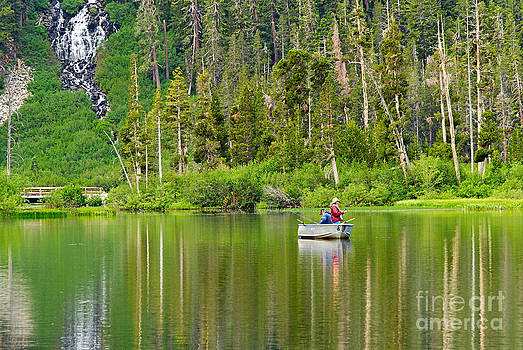 Jamie Pham - Perfect Sunday - Two people fishing on a lake in Mammoth California.