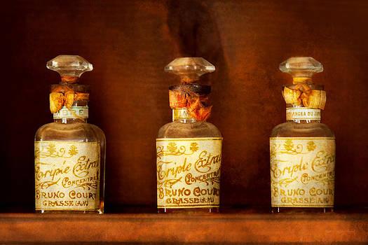 Mike Savad - Perfumery - Perfume