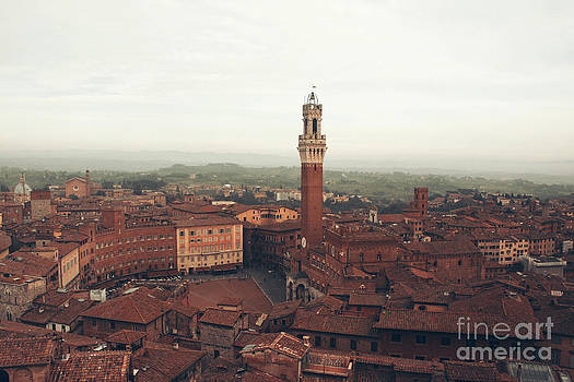 Piazza del Campo by Stephanie Cooke