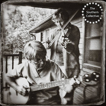Pickin' and Fiddlin' on the Porch by Paul Cutright