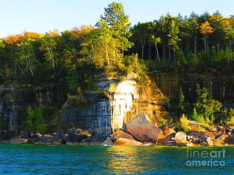 Pictured Rock 2 by David Lankton