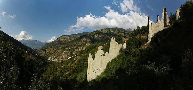 piramids of Euseigne by Erik Tanghe