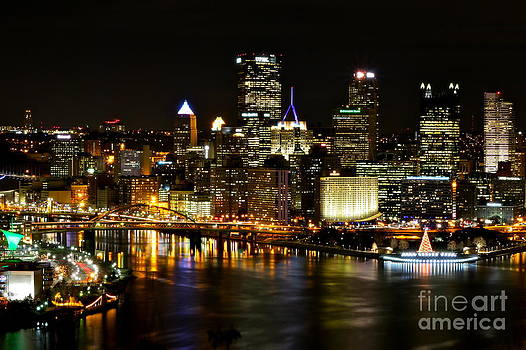 Pittsburgh Christmas 2013 - 2 by Jay Nodianos