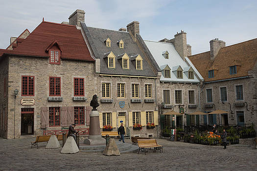Place Royal by Gordon  Grimwade