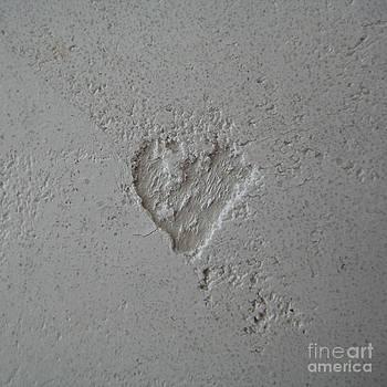 Jindra Noewi - Plaster Heart