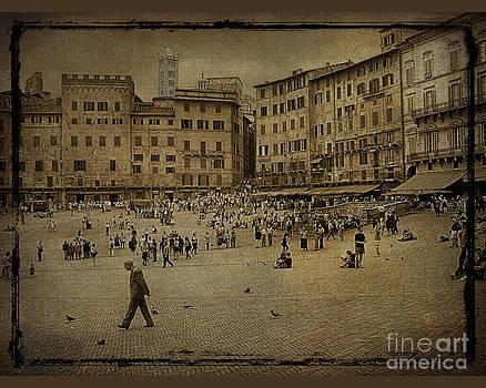 Plaza Siena Italy by Jim Wright