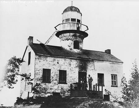 Jerry McElroy - Public Domain Image - Point Loma Lighthouse