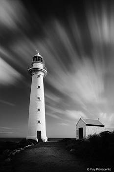Point Lowly Lighthouse by Janet Moses