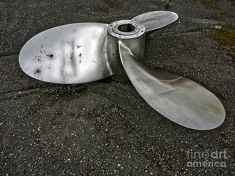 Gregory Dyer - Port Angeles - Boat propeller