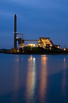 Adam Romanowicz - Power Plant