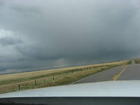 Prairie Strom Clouds by Gordon Wunsch