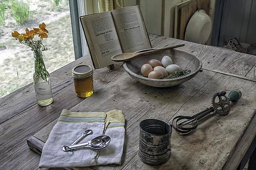 Lynn Palmer - Preparing Dinner with Marjorie