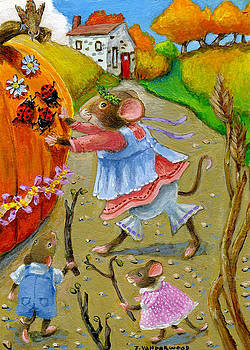 Pushing the Pumpkin by Jacquelin Vanderwood