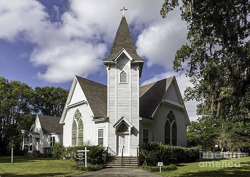 Lynn Palmer - Quaint Mcintosh Presbyterian Church