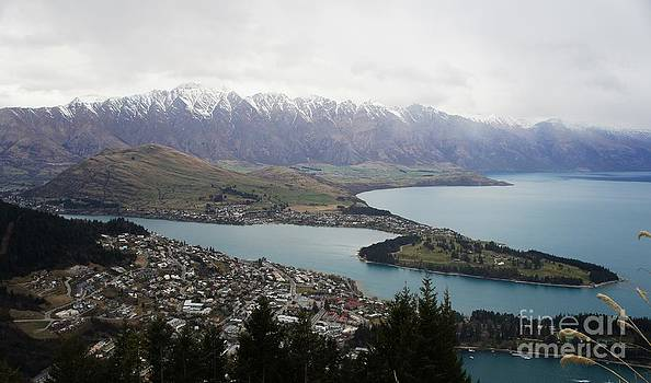 Queenstown  by Therese Alcorn