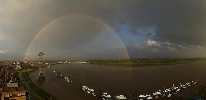 Rainbow bridge by Erik Tanghe