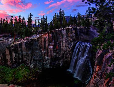 Rainbow Falls Devil's Postpile National Monument by Scott McGuire