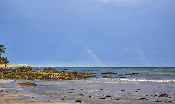 Steven Ralser - Rainbows - Denhams Beach - Australia