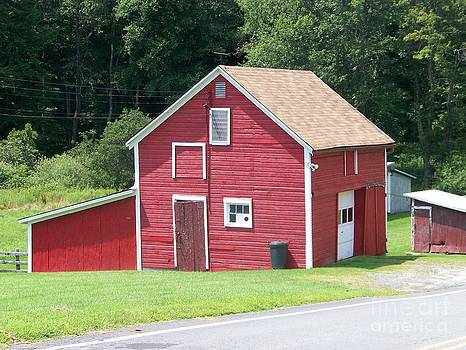 Red Barn by Kevin Croitz