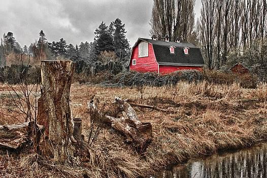 Red Barn by Scott Holmes