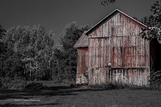 Red Barn by Sheen Watkins