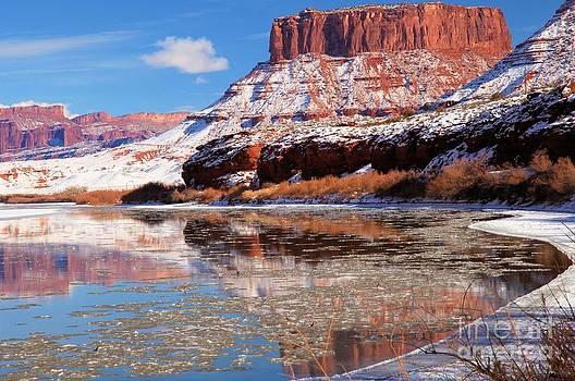 Adam Jewell - Red In The Colorado River