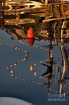 Reflection of the Summer by Bener Kavukcuoglu