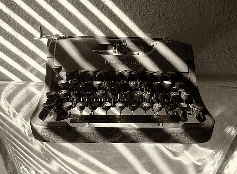 TONY GRIDER - Relic in Sepia