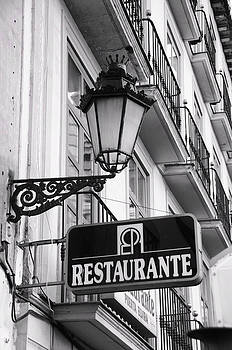 Restaurante by Alicia Morales
