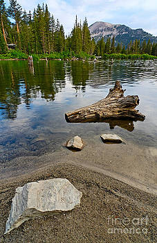 Jamie Pham - Resting - A very tranquil view of Twin Lakes in Mammoth California