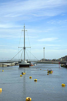 Rhyl harbour by Christopher Rowlands