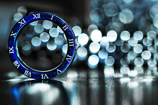 Ring of Time by Suradej Chuephanich