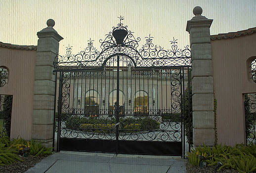 Laurie Perry - Ringling Gate