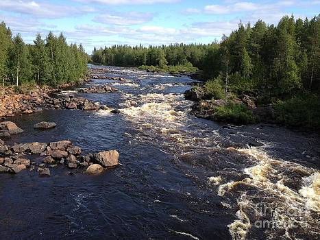 River in Lapland by Mika Uusitalo