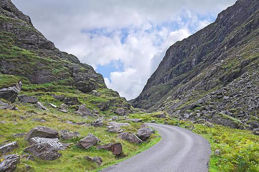 Jane McIlroy - Road Through the Gap of Dunloe
